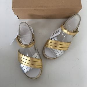 Ugg girls silver gold sandals size 11 new